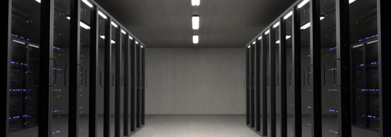 Mehrere Server in einem Serverraum, sichere Datenspeicherung